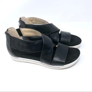 🌺 Adrienne Vittadini Sport Black shoe size 10